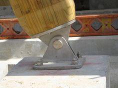 Glulam - pinned base connection