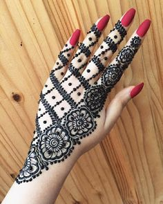 Latest Amazing Mehndi Designs For Parties Hello Guys! here you will see Latest Mehndi Designs with Amazing Patterns for your Hands and. Arabic Henna Designs, Eid Mehndi Designs, Stylish Mehndi Designs, Mehndi Designs For Beginners, Mehndi Designs For Girls, Wedding Mehndi Designs, Mehndi Designs For Fingers, Latest Mehndi Designs, Simple Mehndi Designs