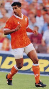 Frank Rijkaard Messi, Dutch, Mario, Legends, Soccer, Running, Game, Sports, World Football