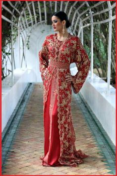 Awesome collection of Moroccan caftan abaya dresses ideas for function (26)