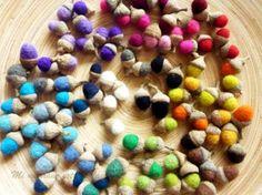 bellotas de lana de fieltro  sombreretes de bellota,lana de fieltro,pegamento enfieltrado lana de aguja