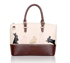Choice of two designs, rabbit and cat to add to your bags collection. Quantities are limited so get yours now while supplies last. Description Its Type Handbag Material PU Leather Color 01# (Cat), 02#