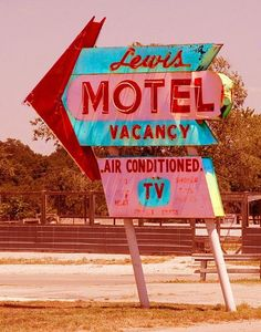 "Lewis Motel, Route 66 - Vinita, Oklahoma ~ authentic postcard coloration **I love it when my TV is Air Conditioned"" Old Neon Signs, Vintage Neon Signs, Old Signs, Station Essence, Retro Signage, Arcade, Posters Vintage, Historic Route 66, Las Vegas"