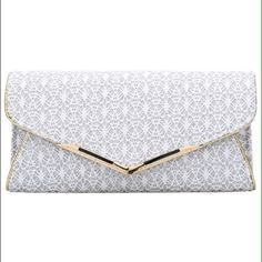 Flash SaleWhite Clutch Bag Width(cm) : 31cm Bag Height(cm) : 19cm Bags Clutches & Wristlets