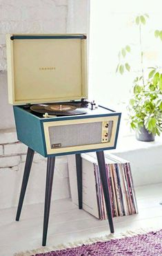 Crosley X-UO Sterling record player