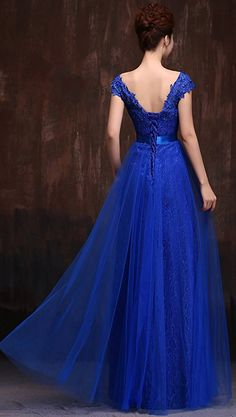 9639f340e Amazon.com  MonthStars Women s V Neck Cap Sleeve Lace Party Prom Dresses   Clothing