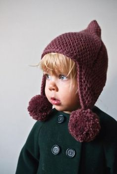 Tunisian Crochet Pointy Pom Pom Hat -Tunisian is not my favorite, but I would make this adorable thing!