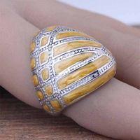 Venda quente de aço inoxidável moda Women 's Oval amarelo esmalte dedo anéis bonito senhoras jóias Casual 2016 tamanho 7 8 9 ( A012 )