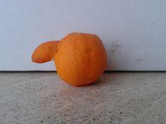 un'arancia con il naso!!!