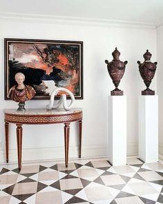 Los cánones más formales se aligeran con recursos que dan un fresco toque contemporáneo a este piso de Oviedo. El interiorismo es de Ramón García Jurado y Paco Pocovi.