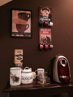 Casinha colorida: No décor, um cantinho especial para o cafezinho