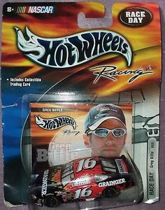 GREG BIFFLE #16 Hot Wheels Racing NASCAR Race Day Diecast Car + Trading Card