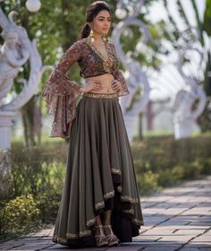 order contact my whatsapp number 7874133176 Indian Wedding Outfits, Bridal Outfits, Indian Outfits, Indian Gowns, Indian Attire, Indian Wear, Indian Designer Outfits, Designer Dresses, Mehendi Outfits