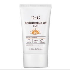 G Brightening Up Sun PA+++ Features Peach beige color improves dull skin tone making it bright and vibrant for 24 hours. The slightly watery texture that smoothly spreads without crumbling. Tannin co Recipe Scrapbook, Scrapbook Kit, Oil Water, Body Hacks, Dull Skin, Love Makeup, Beige Color, Korean Beauty, Face Care