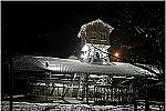 Vista nocturna del Pozo Espinos bajo la nieve. Valle de Turón, Mieres, Asturias. Año 2009.