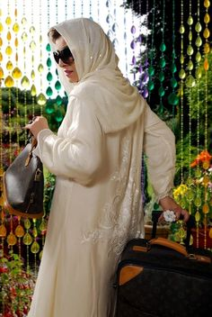MASTOOR PURE WHITE ABAYA WITH MATCHING SCARF