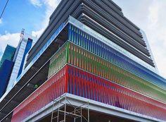 Carlos Cruz Diez - Edificio en Panama
