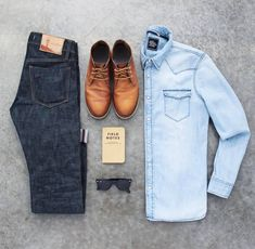 Phenomenal 33 Best Men's Spring Casual Outfits Combination https://vintagetopia.co/2018/02/19/33-best-mens-spring-casual-outfits-combination/ Regardless of what you're searching for, Kohl's is guaranteed to supply comfortable, quality khakis, polos, jeans and suits that will appear great and suit your requirements #menssuitscombinations
