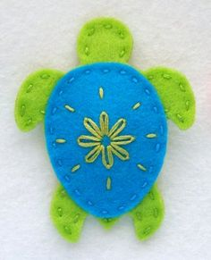 BeadedSocks by Daisy Designs: Princess Crown and Sea Turtle Hair Clips