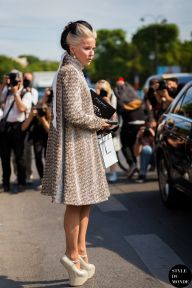 Daphne Guinness after Chanel fashion show. STYLE DU MONDE on Instagram @styledumonde, Pinterest, Twitter, Tumblr and Facebook
