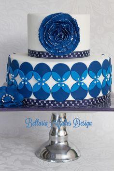 Blue weddingcake