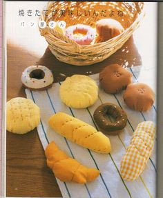 Free Felt Bread Patterns plus craft book has lot's of other patterns