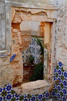 recuperare vecchie piastrelle ruins at DAR CAÏD HADJI, Agadir, Morocco Agadir, Beautiful Ruins, Beautiful Places, Simply Beautiful, Abandoned Buildings, Abandoned Places, Concours Design, Spanish Tile, Windows And Doors
