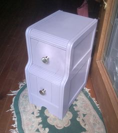 Drawer piece painted in Annie Sloan's Emile :)