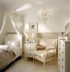 Guest bedroom gorgeousness...