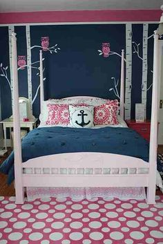 Owls painted on the walls, anchor pillow, the colors.... It's like it was made for my little girl!!!! (:
