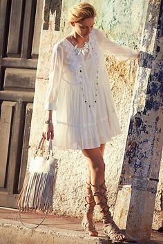 #white Bermeja Tunic Dress http://rstyle.me/n/i9iier9te