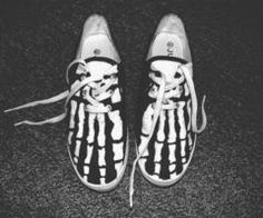 follow along ∘ AmericanBelleKel . skeleton vans