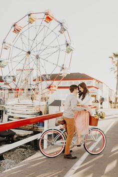 How to make the most of your engagement session + a sweet ferris wheel shoot - 100 Layer Cake Wedding Invitation Inspiration, Custom Wedding Invitations, Farris Wheel, Engagement Announcement Photos, 100 Layer Cake, Photo Reference, Wedding Photoshoot, Engagement Shoots, Event Ideas