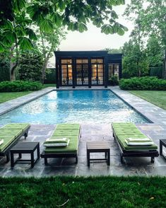 Swimming Pool Design Ideas is based on what can be done with the space in the backyard or garden. A backyard that is too big can be cramped; backyard big Beautiful Minimalist Swimming Pool Design Ideas In Backyard on Small Space on Budget Building A Swimming Pool, Small Swimming Pools, Swimming Pools Backyard, Swimming Pool Designs, Inground Pool Designs, Pool House Designs, Backyard Pool Designs, Backyard Patio, Outdoor Pool