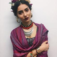 Eyebrow game strong  #fridakahlo #themodernversion #carnival2017 carnival costume frida kahlo