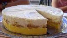 Semifrio Mandarim Tart Recipes, Sweet Recipes, Dessert Recipes, Pretzel Desserts, Pavlova, Cake Cookies, No Bake Cake, Deserts, Good Food