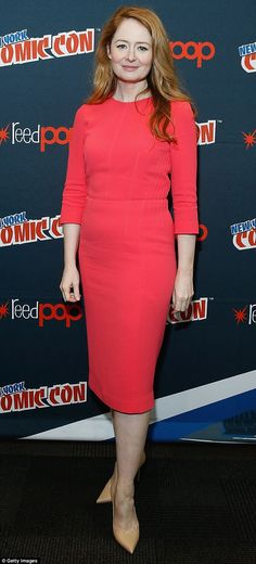 She's red hot! Australian actress Miranda Otto sizzled at the 2016 New York Comic Con on Saturday ahead of the 24: Legacy press conference