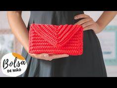 Crochet Handbags, Crochet Purses, Crochet Dolls, Crochet Bag Tutorials, Crochet Videos, Crochet Patterns, Crochet Pouch, Cute Crochet, Homemade Art