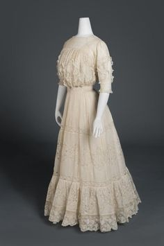 Woman's Dress Artist/maker unknown, American Geography: Made in United States, North and Central America Date: c. 1908 Medium: Cotton organdy with machine-made Valenciennes lace and trim Accession Number: Edwardian Clothing, Edwardian Dress, Historical Clothing, Historical Dress, Historical Costume, Vintage Clothing, 1900s Fashion, Edwardian Fashion, Vintage Fashion