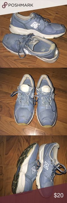 🦋🦋NEW BALANCE🦋🦋 This is a nice pair of NEW BALANCE size 9. They are used but in good condition as you can see the pictures. Nice baby blue color.. New Balance Shoes Athletic Shoes