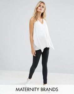 Discover the latest maternity and pregnancy clothing with ASOS. Shop for maternity dresses, maternity tops, maternity lingerie & maternity going-out clothes. Maternity Wear, Maternity Tops, Maternity Dresses, Latest Fashion Clothes, Latest Fashion Trends, Fashion Online, Online Shop Kleidung, Asos Mode, Mode Online Shop