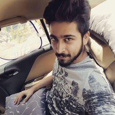 Tweets with replies by priya (@priyakumari30)   Twitter Indian Star, Facebook Profile Picture, Actors Images, Stylish Boys, Top Celebrities, Whatsapp Dp, Photo Wallpaper, Cover Photos, Beautiful Men