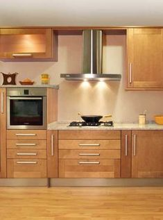 Kitchen Cabinets Light Wood, Kitchen Cabinets And Countertops, Kitchen Cabinet Styles, Wooden Kitchen, Kitchen Flooring, Rustic Kitchen, Kitchen Decor, Country Kitchen Cabinets, Kitchen And Bath Remodeling
