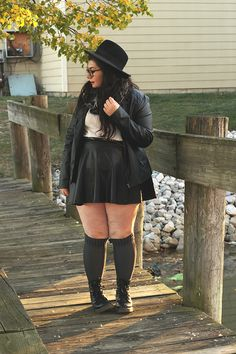 Curvy Girl Outfits, Edgy Outfits, Mode Outfits, Plus Size Outfits, Fashion Outfits, Fat Girl Fashion, Chubby Fashion, Alternative Outfits, Alternative Fashion