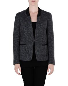 TONELLO  No curves? Then this blazer is just for you. Ask for your PROMOCODE and get it now!