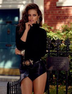 Emily DiDonato by Miguel Reveriego for Vogue España, October 2014