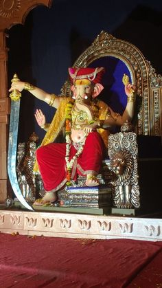 Ganpati of Railway Station Chowk Amravati For More Detail Visit : http://ganaraya.in/