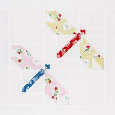http://www.fatquartershop.com/pretty-playtime-book-64408  dragonfly quilt block