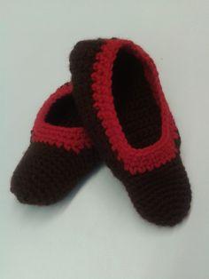 Zapatillas de ganchillo. (Pilar)