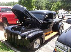 1947 FORD TRUCK – 1947 FORD